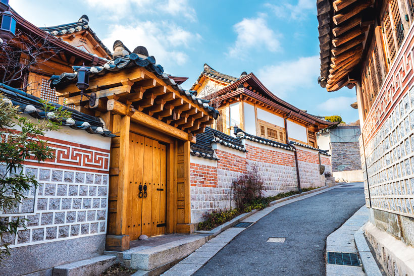 10 Amazing Things To Do In Seoul, South Korea: Bukchon Hanok Village